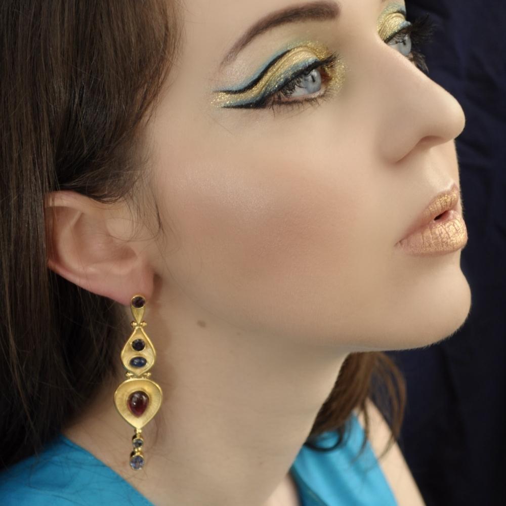 Garnet, Sapphire, Spinel Yellow Gold